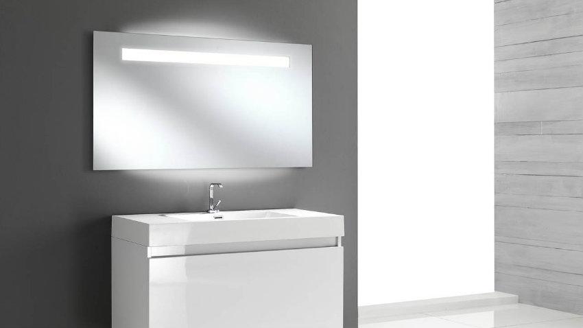 specchi da bagno moderni le ultime tendenze